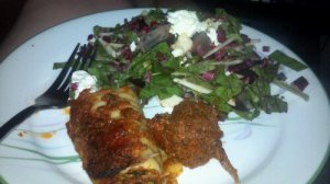 Lasagna rolls (ricotta made by me) and a big salad with chevre.
